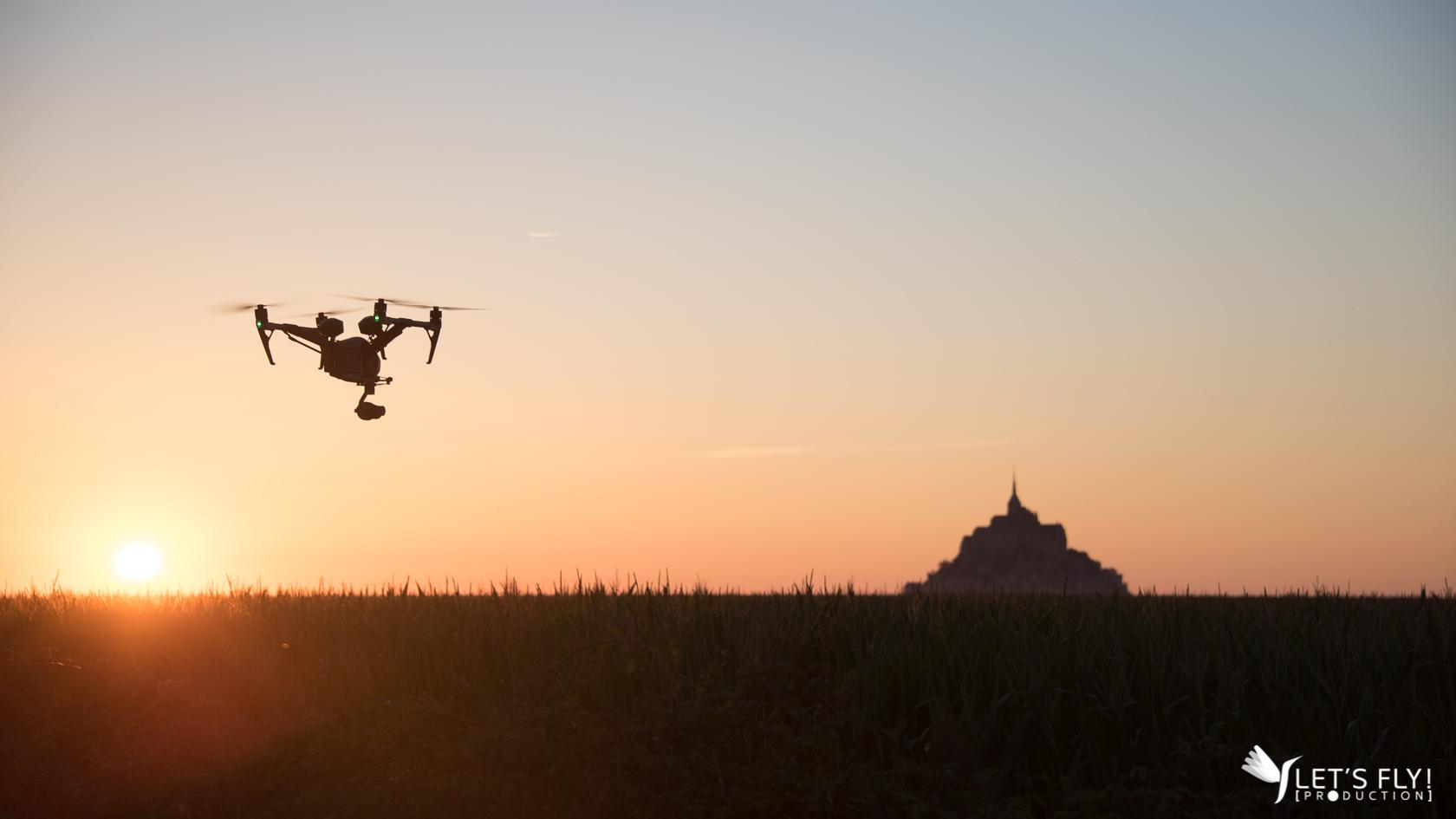Prise de vue aérienne drone du Mont Saint Michel